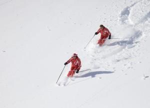 Skifahrer imTiefschnee